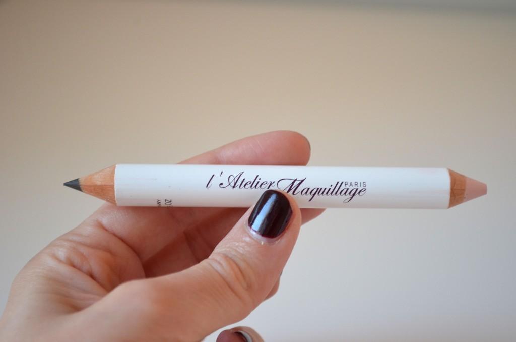 Crayon-yeux-et-sourcils-atelier-du-maquillage-blog-www.lessensdecapucine.com