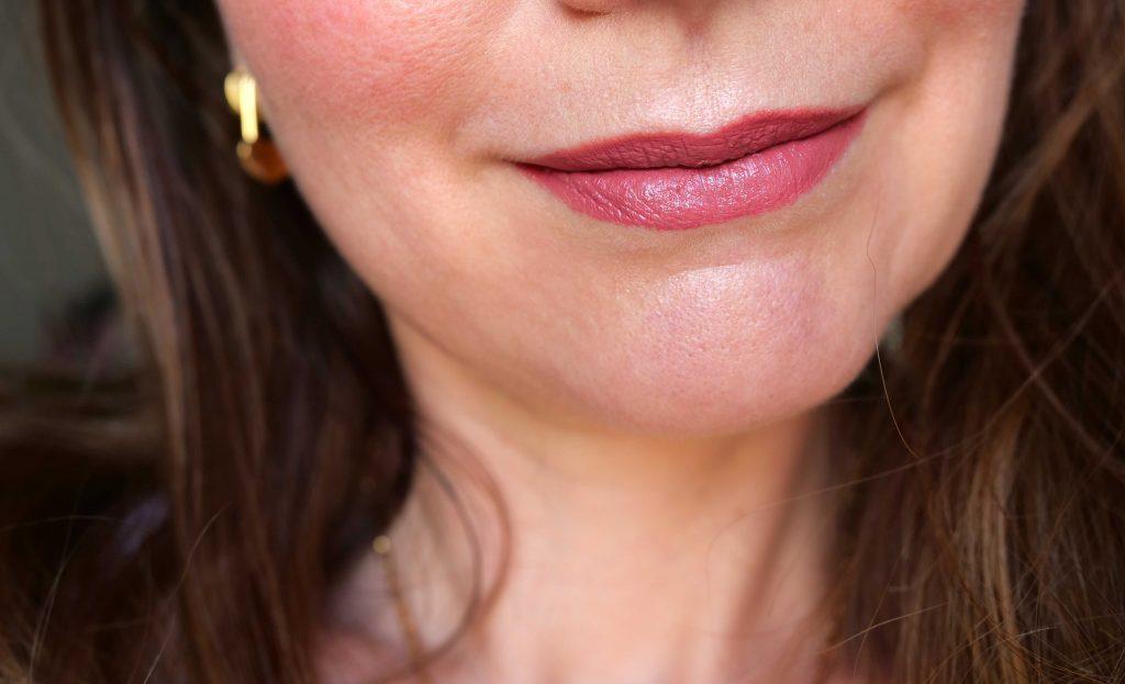 Rouge à lèvres mat Boho Green Make-Up 109 swatch