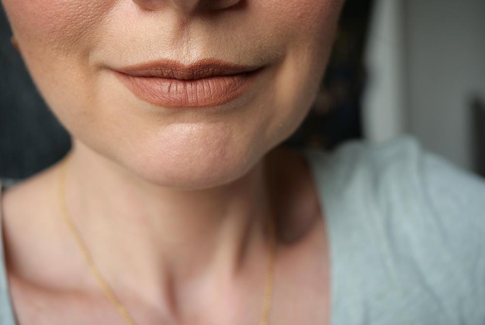 Crayon à lèvres Lip contour 2.0 Huda Beauty Sandy Beige