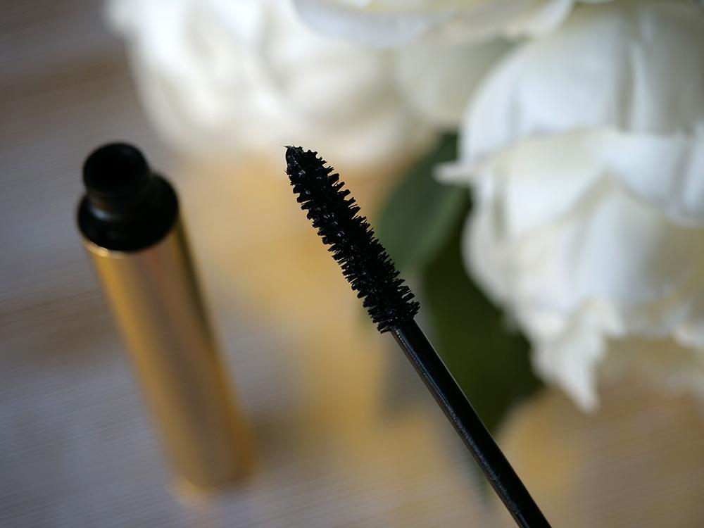 Mascara Volume effet faux cils Yves Saint Laurent brosse