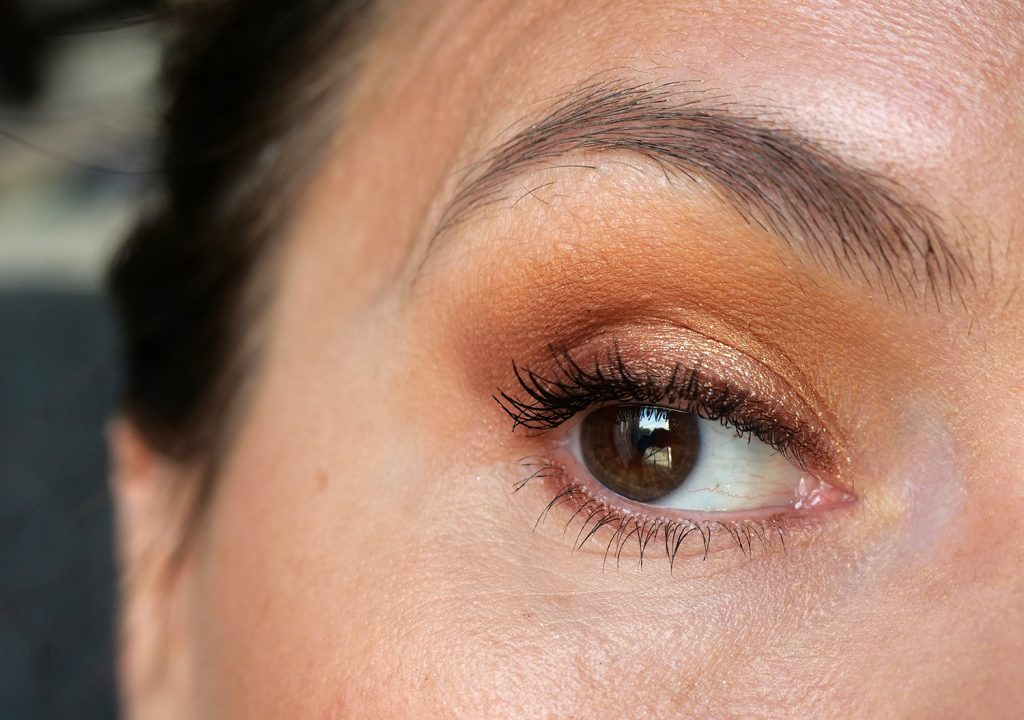 Brown Obsessions tofee Huda Beauty make up